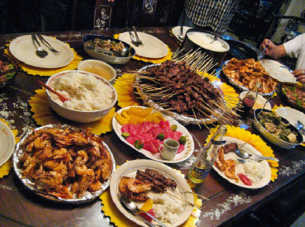 pinoy-feast-500x373