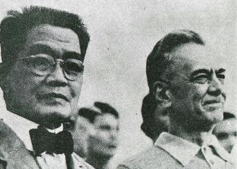 Aguinaldo_and_Quezon_in_1935
