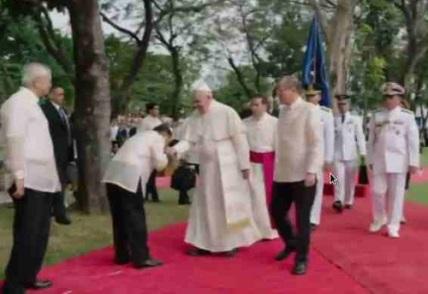 Pope_Francis_Malacanang w Binay interaksyon