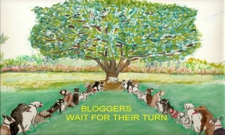 Bloggers wait for their turn