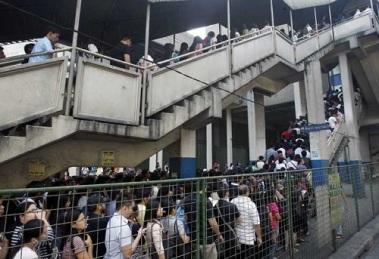 Manila trains thepoc dot net