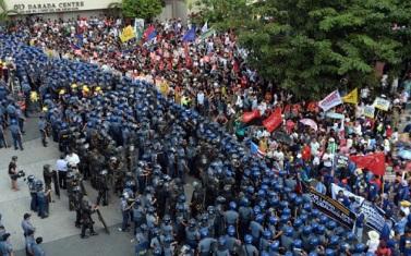 APEC-protesta mb dot com