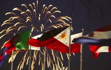 Philippine-Flag-Fireworks-Canberra MB