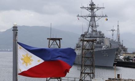 american-warship-at-subic-uss-john-mccaiin